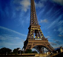 Eiffel tower in hdr by Andrea Rapisarda