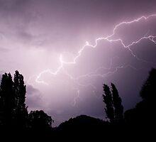 Lightning show over Tumut  by Stephen Colquitt