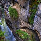 Maligne Canyon by PFrogg