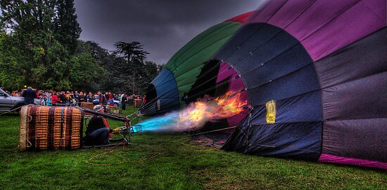 What A Blast ! - Balloonfest 2010, Canberra Australia - The HDR Experience by Philip Johnson