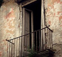 Ghosts by AleFletcher