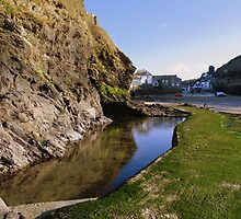 Cornwall: Tide Out at Port Isaac by Rob Parsons