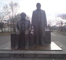 Marks and Engels statue in Berlin Mitte by Rebecca Haertel