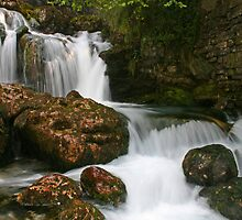 Milk River, Italy by jimmylu