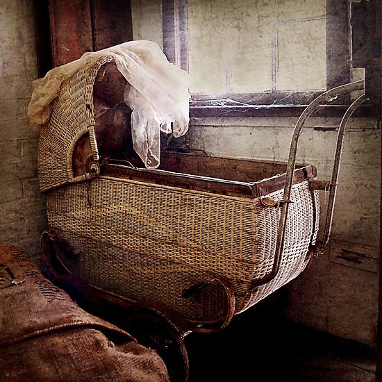The Pram ~ Monte Cristo by Rosalie Dale