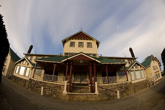 Mt Buffalo Chalet at 10:20 pm  by MDC DiGi PiCS