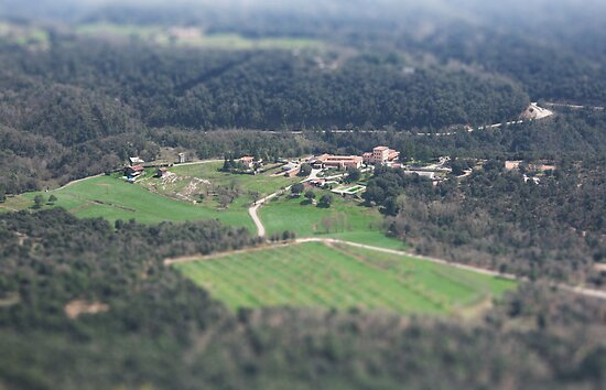 La Riba (Tilt-Shift) by Omar Corrales