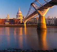 UK, London, St. Paul's Cathedral and Millennium Bridge over River Thames   Alan Copson © 2010 (20046-11) by Alan Copson