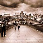 Millenium Bridge by claudio galvan