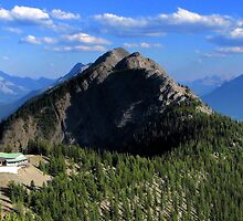 Sulphur Mountain Lookout by JamesA1