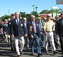 Lest we forget.. Tewantin soldiers marching by rudledge
