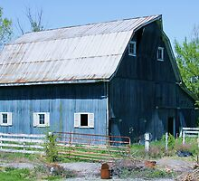 Blue barn by David Owens