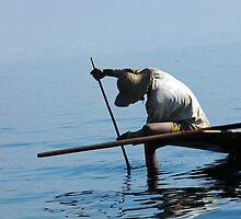 Inle Lake fisherman (4) by Ian Douglas