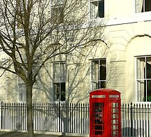 Phone Booth, Portsmouth, England by Ian Beattie