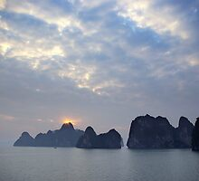 Sunrise in the Halong bay in Vietnam by shkyo30