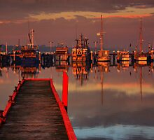Lakes Entrance Fishing Boat (Sunrise) by John Vandeven