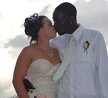 Tara & Negus by KeepsakesPhotography Weddings