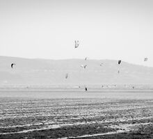 Kitesurfing by sergio martin