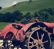 old tractor by idcreative