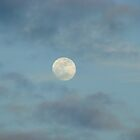 Cloudy moon by Musicman72