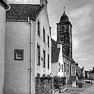 Culross Town Square - B&W by Tom Gomez