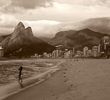 Storm Rolling into Rio by SteveRuk
