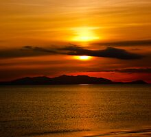 Sunset - Isle of Arran from Ayr by derekbeattie