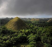 Chocolate hills, Bohol, Philippines by Tim Edmonds