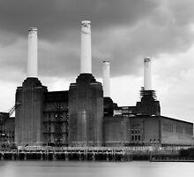 Battersea Power Station, London by Davide Anastasia