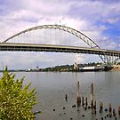 Fremont Bridge, Portland Oregon by Bob Hortman
