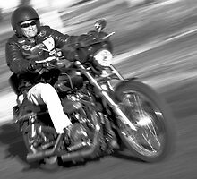 Harley in motion by inmotionphotog