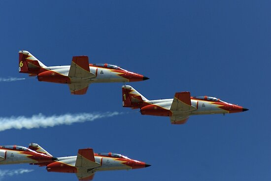 Patrulla Aguilar Spanish Air Team by fototaker
