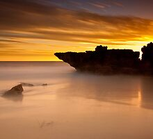 Shipwreck Rock by Jonathan Stacey