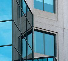 Glass canvas & concrete shapes by Elisabeth van Eyken