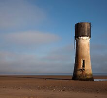 Spurn Point's Low Light Lighthouse by SteveMG
