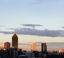 Perth city skyline at sunset. by tmyusof