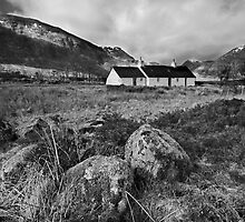 . . black rock cottaage - Glencoe by outwest photography.co.uk
