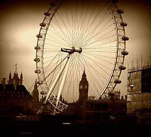 Through the eye of London. by Luke Pearce