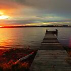 Wharf Sunset. by Tyhe  Reading
