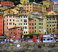 Colourful Camogli by sstarlightss