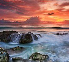 Red Sky at Dawn by Ann  Van Breemen