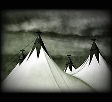 big top by vampvamp