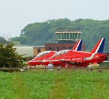 Red Arrows by Simon Pattinson