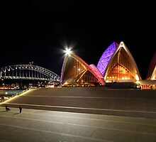 Sydney Opera House by Jennifer Bailey