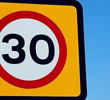 Colourful Thirty speed sign by buttonpresser