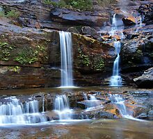 Upper Wentworth Falls, Blue Mountains, Australia by Michael Boniwell