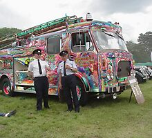 Old fire engine in colour by Feesbay