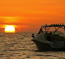 Boat and Sun by kinz4photo