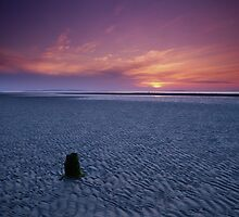 Setting Sun at Findhorn by Christopher Thomson