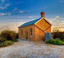 Station master cottage by donnnnnny